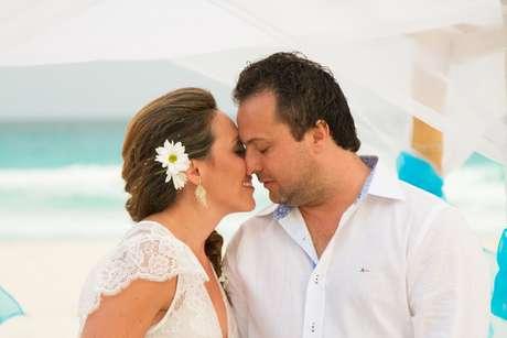 <p>A executiva de contas Janaína Pi Vieira casouem uma cerimônia simbólica com o engenheiro Marco Roberto Ferreira</p>
