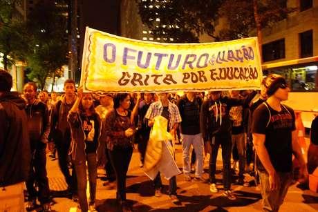 Manifestação no Rio contra a Copa teve pelo menos seis pessoas presas nesta sexta-feira, dia 20