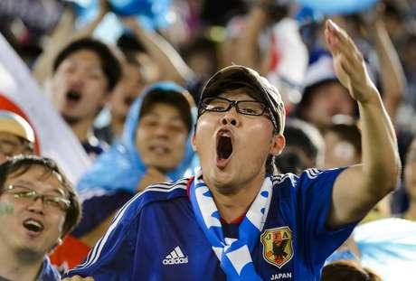 <p>Torcedores de Grécia e Japão fizeram festa nas arquibancadas da Arena das Dunas, em Natal, apesar de o placar não ter saído de 0 a 0; partida entre as duas seleções valeu pelo Grupo C.</p>
