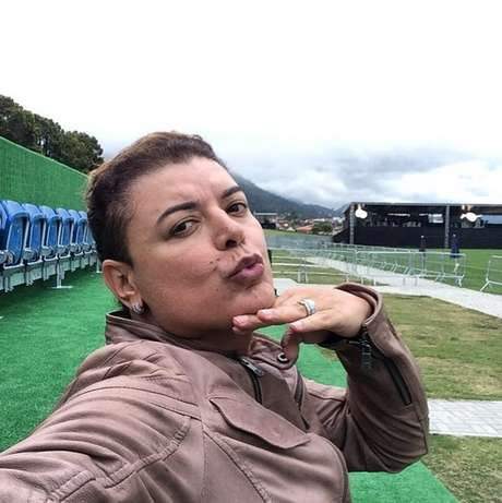 """<p>""""Me sentindo a Bruna Marquezine"""", publicou o promoter na legenda de uma das fotos tiradas na Granja Comary</p>"""