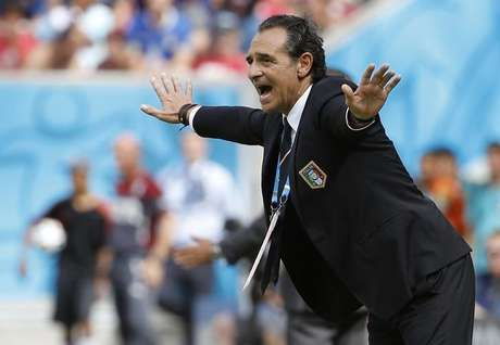 <p>Casare Prandelli lamenta expuls&atilde;o de Marchisio</p>