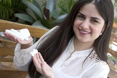 Tratamento Oxigenante conta com a ação da argila branca e das pedras frias para deixar a pele mais hidratada e com aspecto jovial