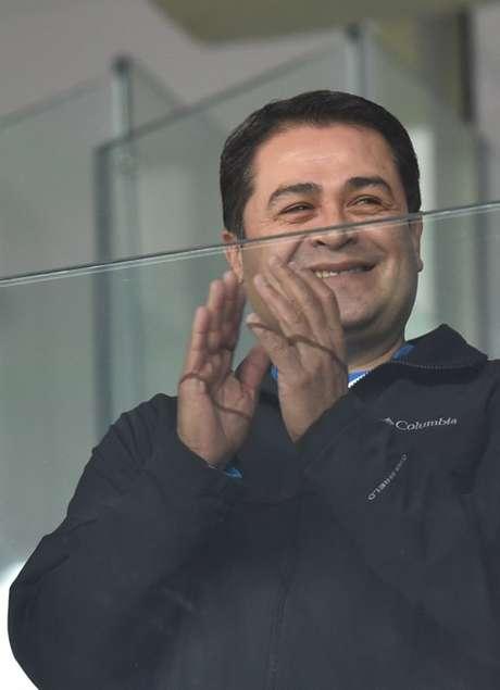 <p>O presidente de Honduras,Juan Orlando Hernandez, acompanhou a partida do seu país contra o Equador, na Arena da Baixada, em Curitiba. O jogo aconteceu na noite desta sexta-feira, e vale pelo Grupo E</p>