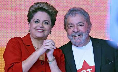<p>Dilma e Lula durante convenção do PT</p>