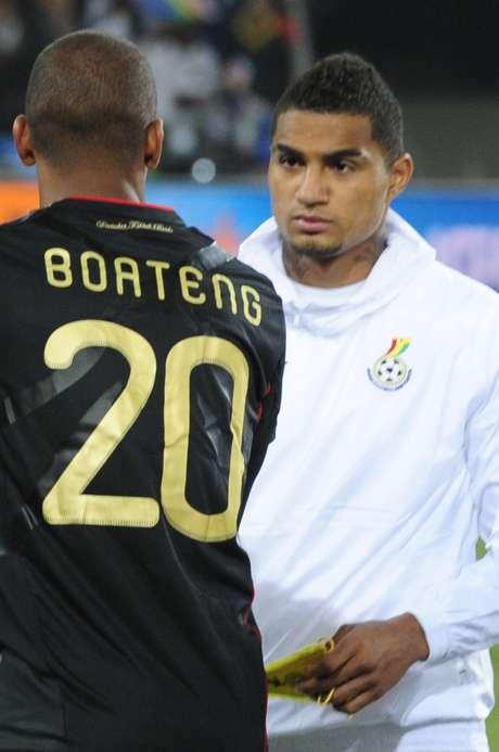 O encontro nada amigável na Copa de 2010: irmãos brigados pela lesão de Michael Ballack