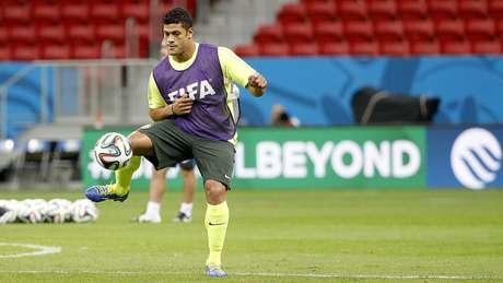 <p>Hulk volta ao Brasil para enfrentar Camarões</p>