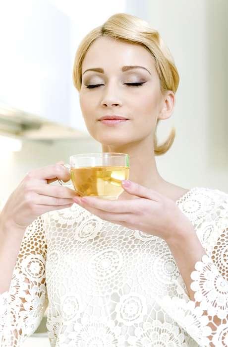 <p>Troque café por chá verde</p>