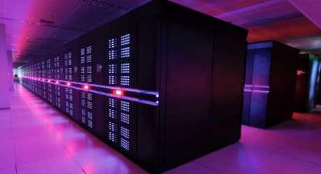 Supercomputador chinês consegue fazer 33,8 quadrilhões de cálculos por segundo (Pflop/s)
