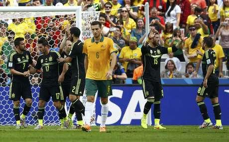 Autor do gol, Villa comemora placar com companheiros espanhóis