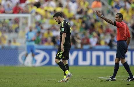 Autor do gol, David Villa é substituído no início do segundo tempo