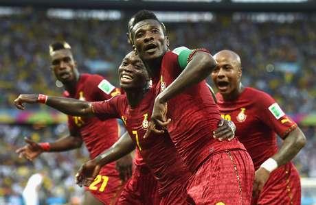 <p>O ganês Gyan superou Milla como maior artilheiro africano</p>