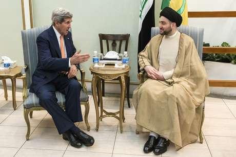 <p>Secret&aacute;rio de Estado americano se reuniu, nesta segunda-feira, com o premi&ecirc; iraquiano Nuri al-Maliki para discutir a atual ofensiva jihadista</p>