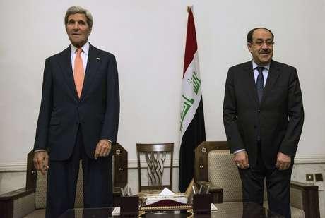 <p>Primeiro-ministro do Iraque, Nuri al-Maliki, e o secret&aacute;rio de Estado dos EUA, John Kerry, se reuniram nesta segunda-feira, 23 de junho, em Bagd&aacute;</p>