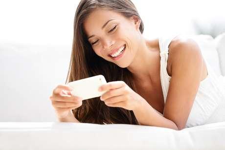 Aplicativos de smartphones contribuem para manter a saúde da pele, podendo identificar até mesmo câncer de pele com 85% de precisão