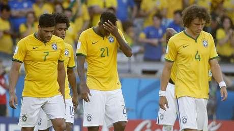 <p>Seleção Brasileira novamente não poderá jogar com seu uniforme de número 1 completo</p>