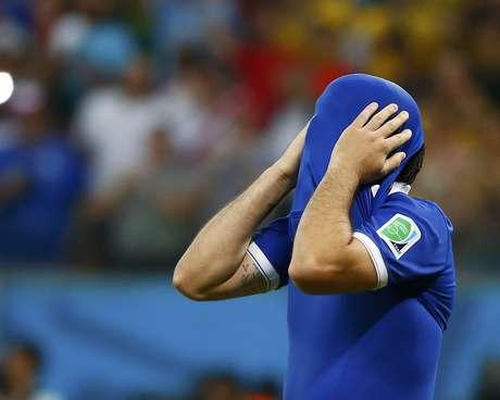 <p>Comandados de Fernando Santos caíram nas oitavas de final</p>