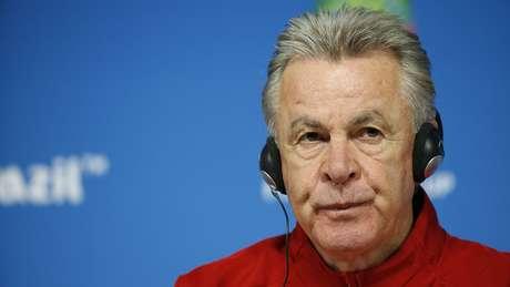 Técnico suíço Ottmar Hitzfeld participa de entrevista coletiva na Arena Corinthians