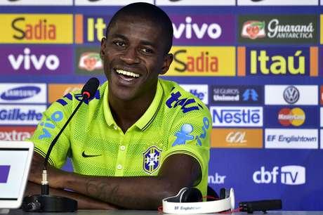 <p>Ramires disse que quest&atilde;o emocional &eacute; normal e que a Sele&ccedil;&atilde;o Brasileira est&aacute; pronta para o restante da competi&ccedil;&atilde;o</p>