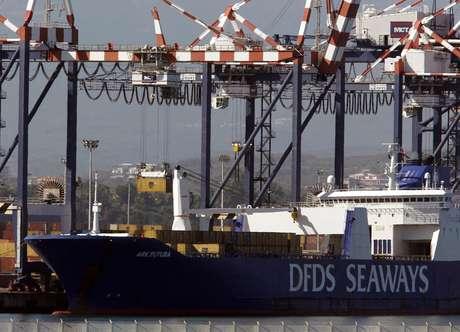 <p>Embarca&ccedil;&atilde;o americana partiu do porto italiano de Gioia Tauro, na Cal&aacute;bria</p>