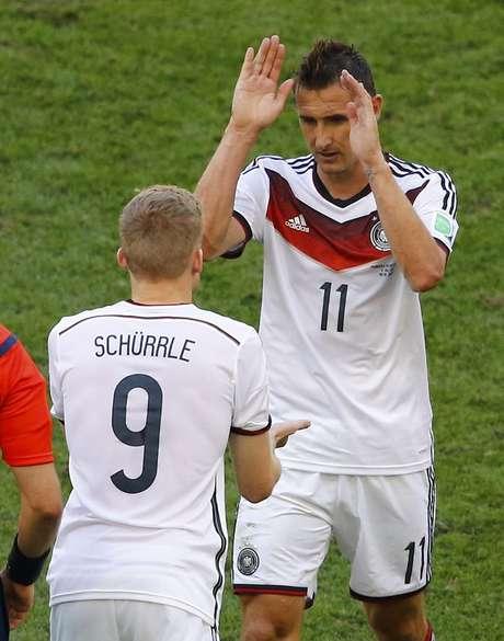 <p>Miroslav Klose é o jogador mais experiente da equipe da Alemanha, com participação em quatro edições de Copas do Mundo</p>