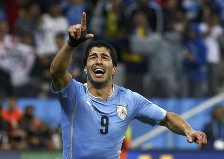 <p>O uruguaio Luis Suárez deve trocar o Liverpool pelo Barcelona</p>