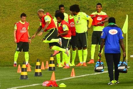 <p>Seleção Brasileira treina na Granja Comary, em Teresópolis, após vitória sobre a Colômbia por 2 a 1</p>