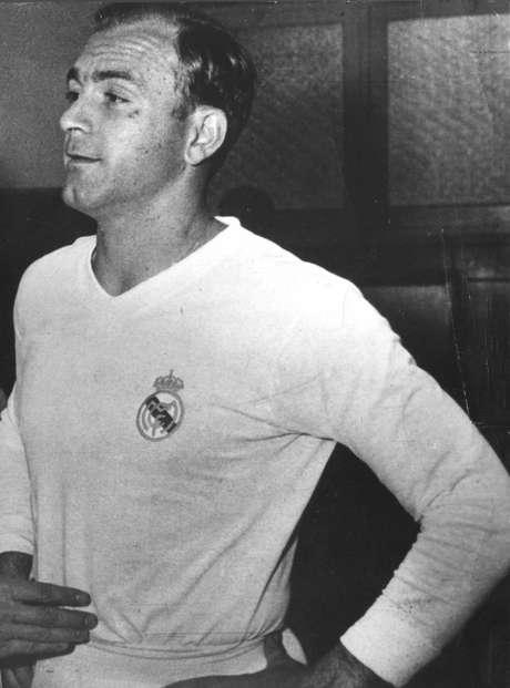 Pelo Real Madrid, Di Stéfano foi octacampeão espanhol e penta europeu; Além disto, conquistou o título mundial