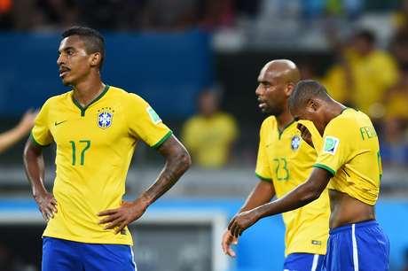Brasil igualou-se a Zaire e Haiti, sofrendo cinco gols antes do intervalo em Copas do Mundo