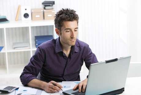 É possível encontrar bons cursos de curta duração e gratuitos na área de gestão de negócios