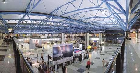 Aeroporto Afonso Pena, na região metropolitana de Curitiba.