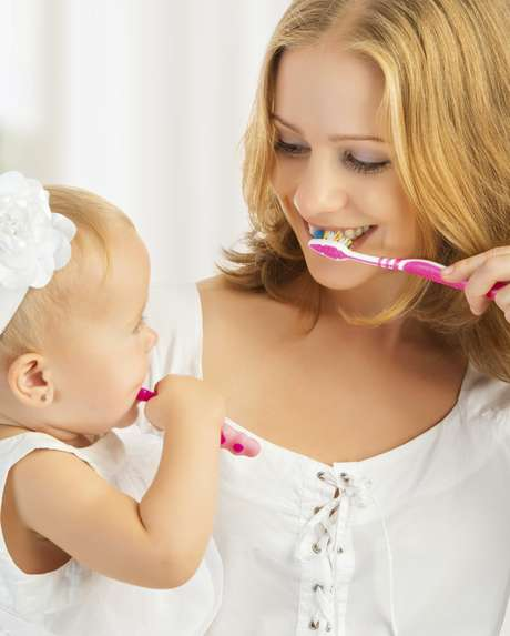 <p>Consulte al pediatra o al dentista para cerciorarse de que su niño esté consumiendo la cantidad de fluoruro necesario por día.</p>
