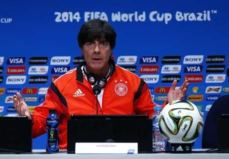 <p>Low es técnico de Alemania desde el 12 de julio de 2006.</p>