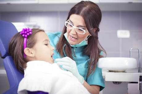 <p>Un odontopediatra profesional le brindará consejos de experto sobre cómo cuidar los dientes de su hijo/a en su casa.</p>