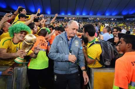 Técnico conquistou a Copa das Confederações e foi idolatrado pela torcida brasileira no Maracanã