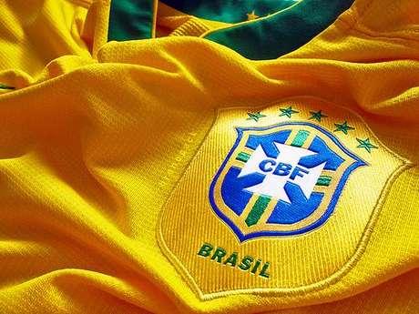 <p>CBF também acusa empresas de pirataria de produtos da Seleção Brasileira</p>