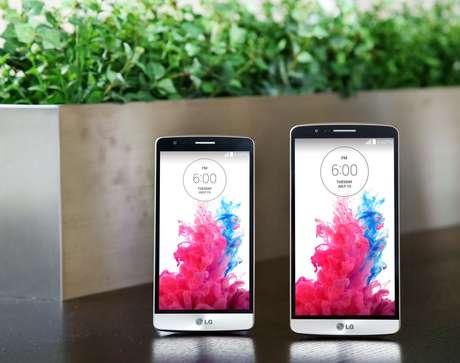 <p>LG G3 Beat à esquerda, ao lado do LG G3</p>