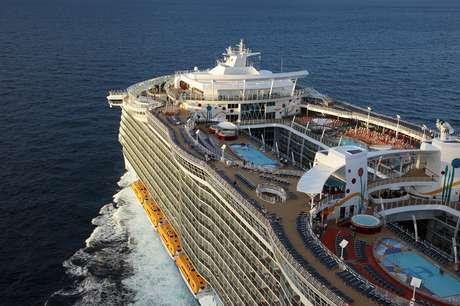 <p>Através do Google Street View será possível conhecer o Allure of the Seas sem sair de casa</p>