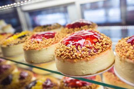 <p>As padarias se reinventaram e deixaram de ser apenas um local para a compra de pães, frios e leite</p>