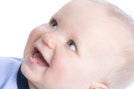 Muchos dicen que se debe al color de la dentadura que es similar al de la leche, es decir, de color blanquecino azulado