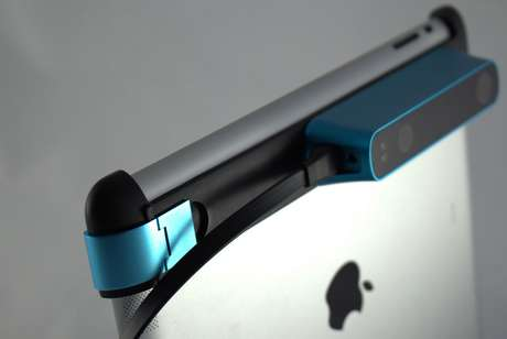Sensor 3D Structure Sensor é acoplado ao iPad