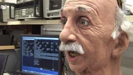 <p>O robô Einstein usado pela Universidade da Califórnia</p>