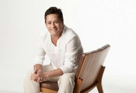 <p>Sertanejo é pai de seis filhos e tem 14 álbuns no currículo</p>