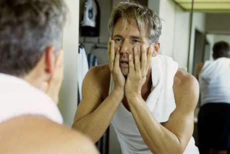 <p>O risco maior foi demonstrado entre os homens, e os estudos fazem a ligação do relógio biológico com a testosterona</p>