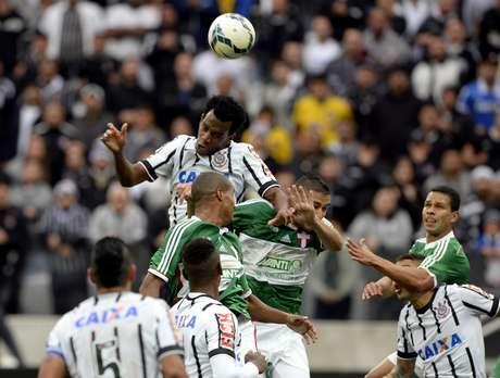 <p>Gil é um dos jogadores mais regulares do Corinthians nos últimos anos</p>
