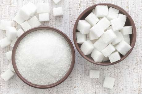 <p>Cortar todos os alimentos que contêm açúcar também pode excluir itens com nutrientes importantes</p>