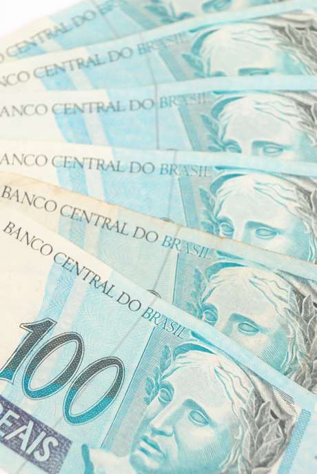 <p>Nos sete primeiros meses do ano, a economia feita pelo governo central para o pagamento de juros acumula saldo positivo de R$ 15,230 bilhões</p>