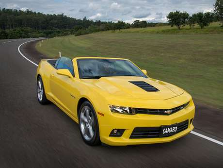 <p>Até o esportivo Camaro participa da nova peça publicitária da Chevrolet</p>