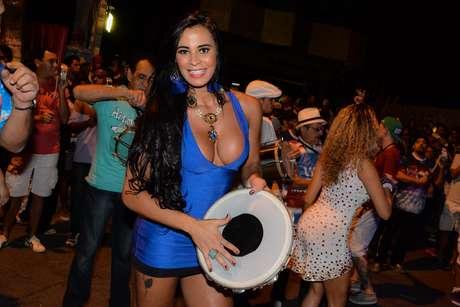Lorena Bueri participou do primeiro ensaio da Pérola Negra, de São Paulo