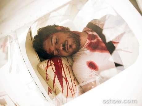 Rafael fica preso às ferragens após acidente