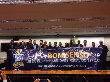 <p>Bom Senso ataca deputados em nota oficial</p>